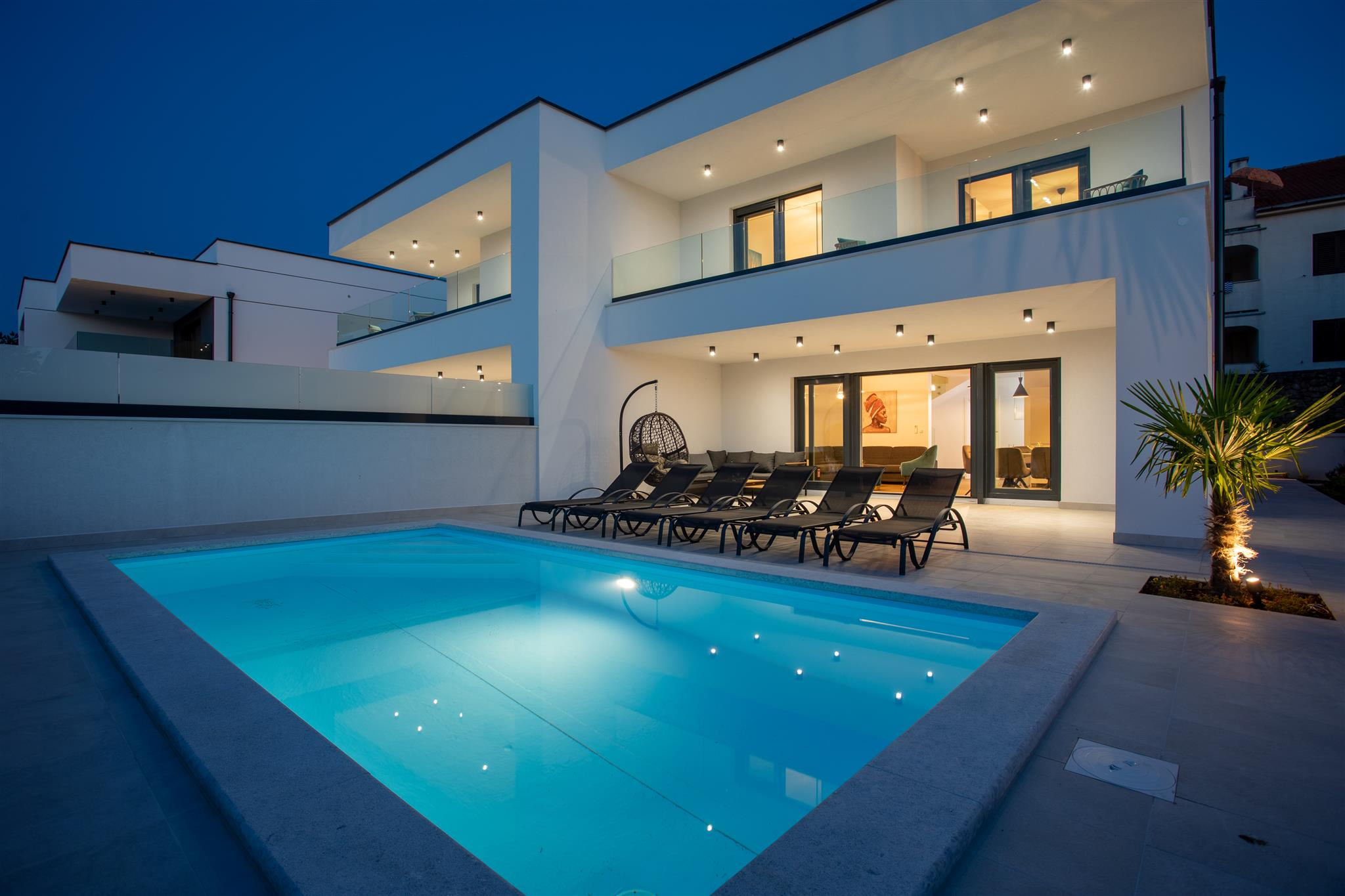 Villa Diva with heated pool and Seaview